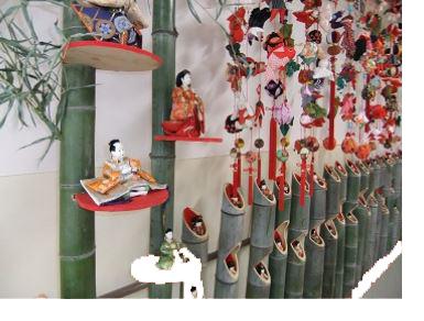 ひな人形展(奥富ふれあい館)